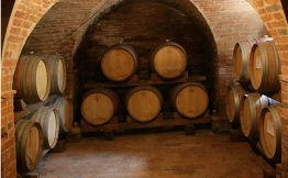 Six Reasons Why Getting An Superb Wine Distributors Is Not Sufficient